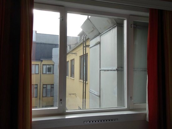 "P-Hotels Oslo: The ""beautiful"" view of ventilation ducts from the bed"