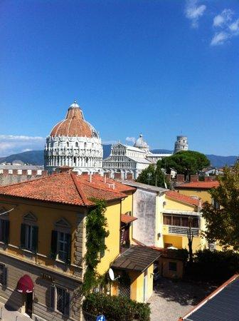 Hotel Roma: Vista desde la habitación del conjunto artístico