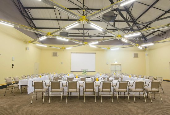 Holiday Inn Bulawayo: Indaba Conference Room