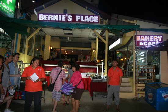 Bernie's Place Restaurant and Buffet: ...