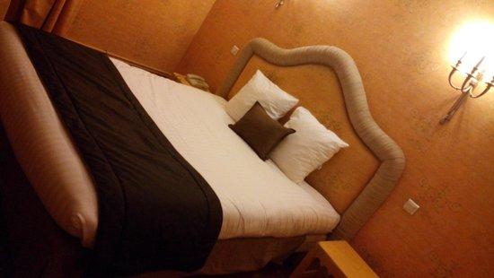 Hotel de France: Chambre 201