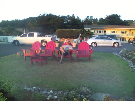 Castle Inn: adirondack chairs, sunset