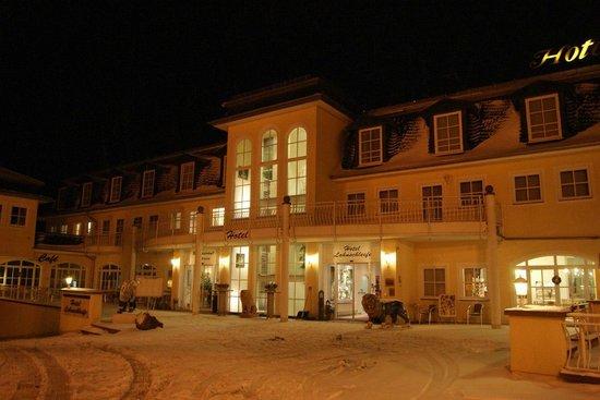 Hotel Lahnschleife: вид на отель