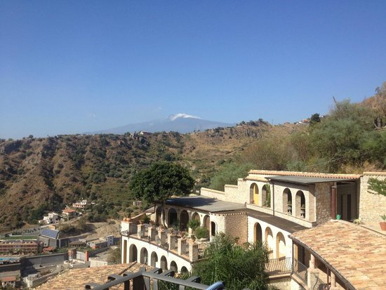 Luxury Residence Taormina: View of Etna from balcony