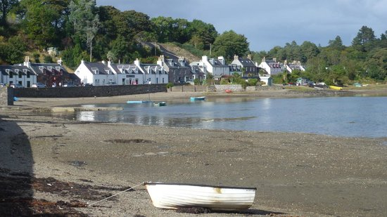 The Haven Guest House: Plockton late afternoon