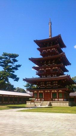 Yakushiji Temple: 西塔