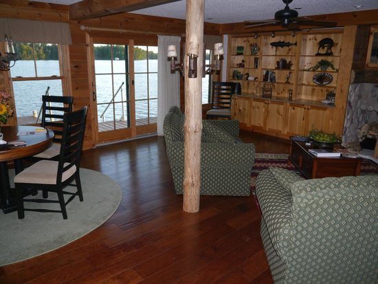 Chippewa Retreat Resort: Lakeside appartment