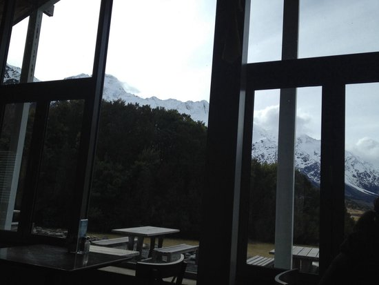 Old Mountaineers' Cafe, Bar and Restaurant : View from cafe