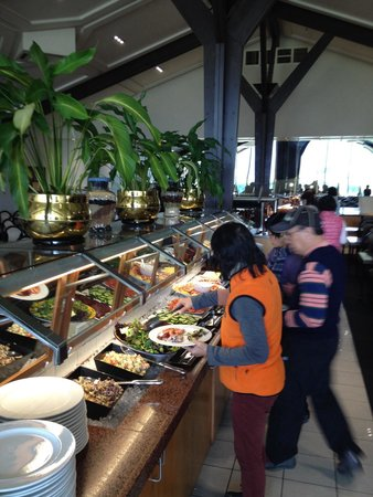 The Alpine Restaurant : Lunch buffet