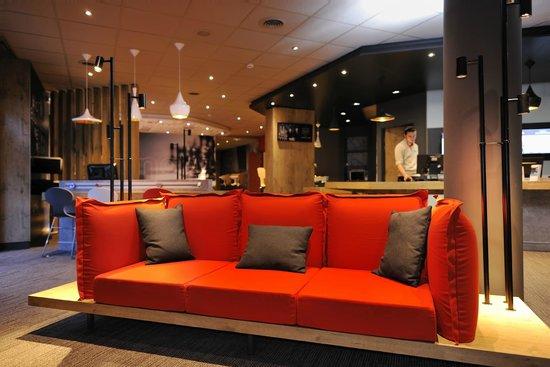 salon foto di ibis marseille la valentine marsiglia tripadvisor. Black Bedroom Furniture Sets. Home Design Ideas