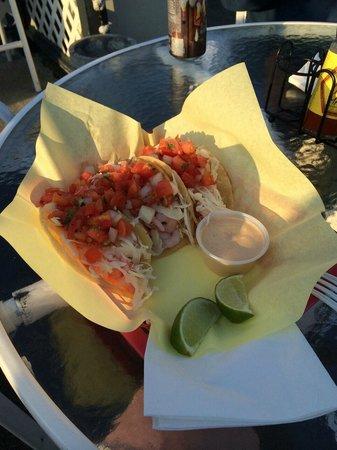 Tony's Crab Shack : Can't beat Tony's tacos!