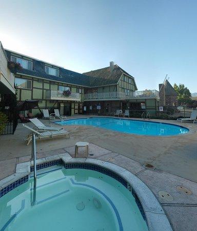 Svendsgaard's Lodge - Americas Best Value Inn: panorama esterno