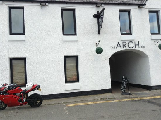 The Arch Inn: Good quality food from this hotel