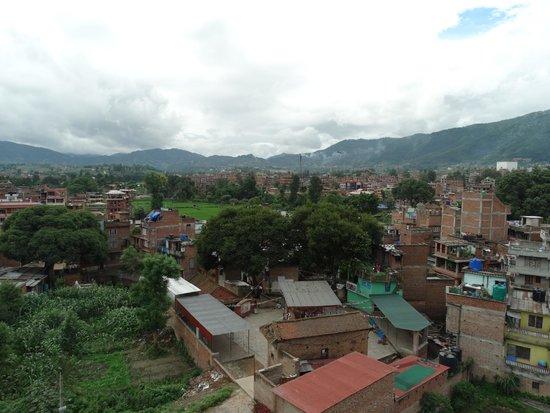Heart of Bhaktapur Guest House: Uitzicht vanaf het dakterras