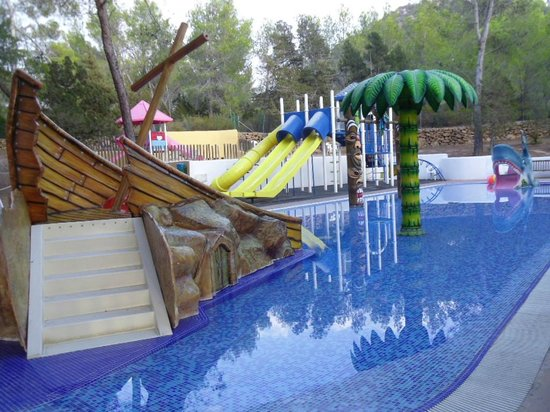 Sant Joan de Labritja, İspanya: Childrens play pool