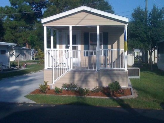 Arbor Terrace RV Resort: One Bedroom Cottages