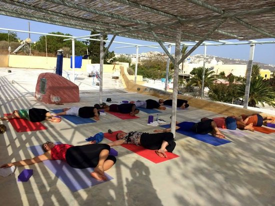 Santorini Yoga With Veronika: One of the classes