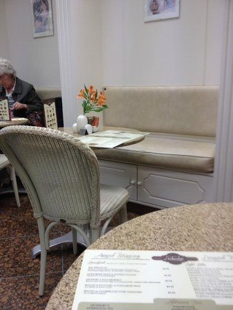 Leckenby's: another area of the Stylish Leckenbys seating arrangements
