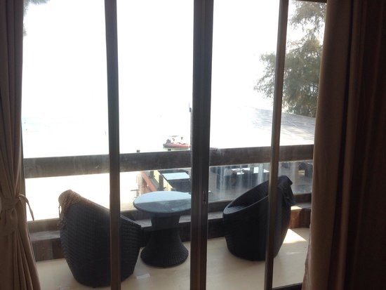 Aloha Beach Club: Balcony of the Seaview Room
