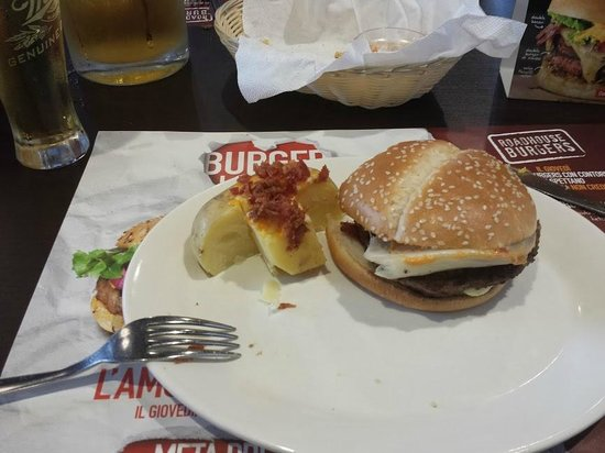 Roadhouse Grill : BACON SWISS – DOUBLE BURGER