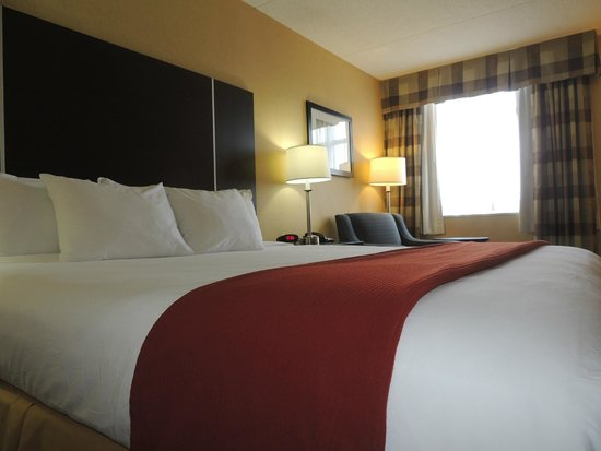 Quality Hotel: King Size Bedroom