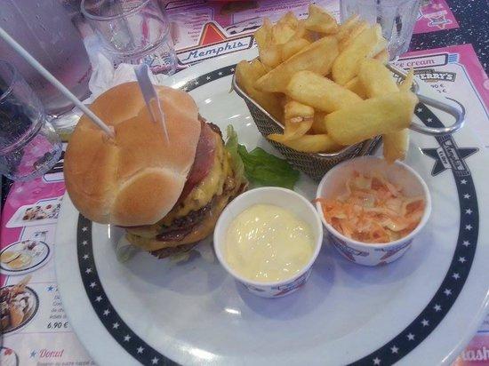 Memphis Coffee: Elvis Burger Double