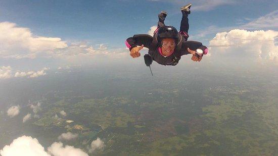 Skydive City: AFF Jump D2