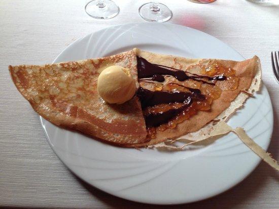 """Ar Bilic : Crêpe """"Orangine"""" marmelade d'orange et chocolat boule de glace orange"""
