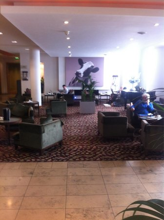 CityNorth Hotel & Conference Centre: Lobby