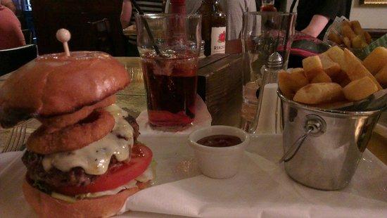 The Wellington: burger