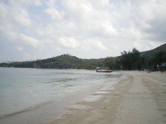 Khun Chaweng Resort : parte finale spiaggia di Chaweng, è molto larga e si cammina bene