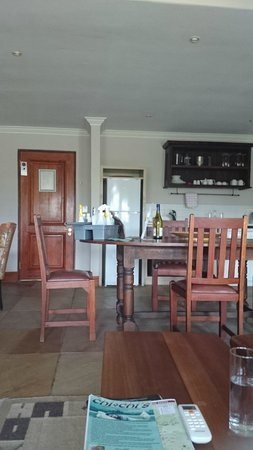 De Zalze Lodge: Cleaning products on table