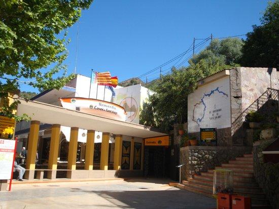 Coves de Sant Josep: The entrance to Paraje Cuevas de San Jose Caves