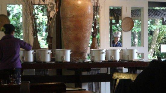 Sutera Sanctuary Lodges: The breakfast Spread