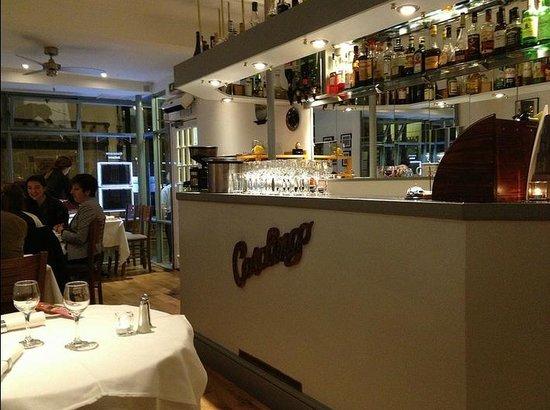 Casalingo bar area