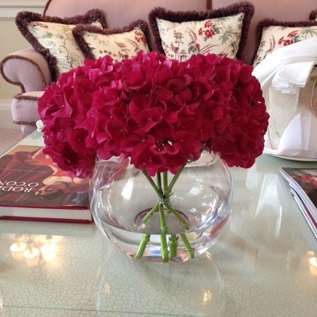 The Merrion Hotel: Beautiful fresh flowers - a lovely touch!