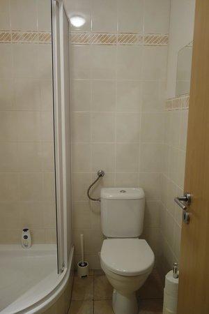 Aparthotel City 5 - bathroom