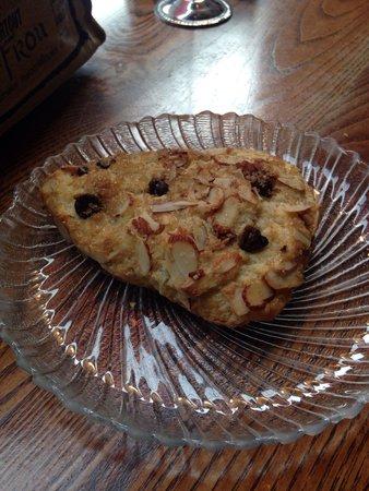 Costello's Travel Caffe: Chocolate Almond scone