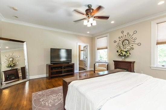 The Mansion at Maple Heights: The Executive Suite