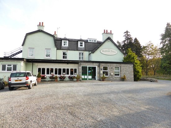 Rowan Tree Country Hotel: lovely hotel in the cairngorms