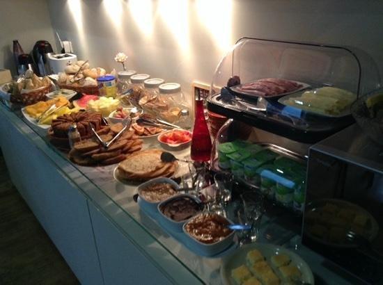 Casa dos Loios by Shiadu: breakfast