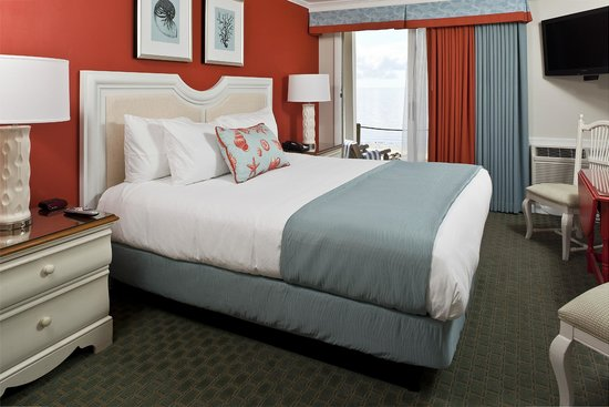 Surfside Hotel & Suites: Oceanfront Guest Accommodations