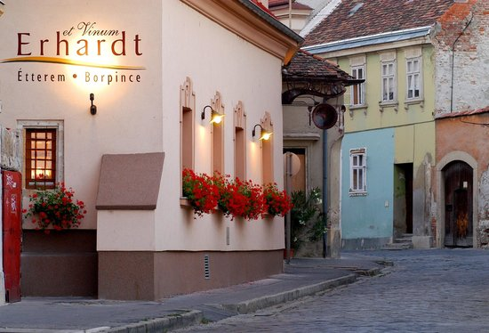 Erhardt Restaurant and Pension