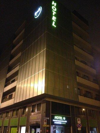 B&B Hotel Firenze Nuovo Palazzo di Giustizia: Veduta da fuori