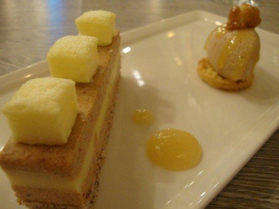 Restaurant le 59: Dacquoise noisette citron et praliné