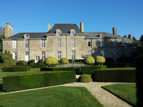 Château de la Ballue : view from garden