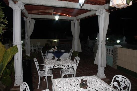 Hostal Jose y Kirenia: Terraço fantástico