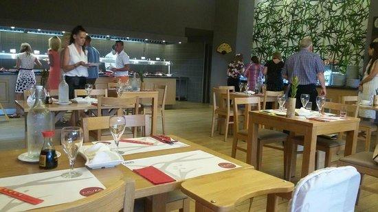 Louis Creta Princess Beach Hotel & Waterpark: ресторан MURA
