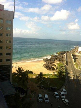 Ibis Salvador Rio Vermelho : Amanhecer da janela do hotel