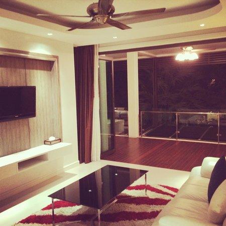 Wyndham Sea Pearl Resort Phuket: Beautiful Living Room